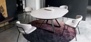 Tavoli e sedie per arredo casa